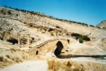 6/18 - Cenderebrug op plaats van oude Romeinse brug langs koninklijke weg naar Sardes