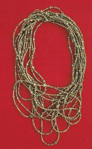 Halsketting van glazen kralen